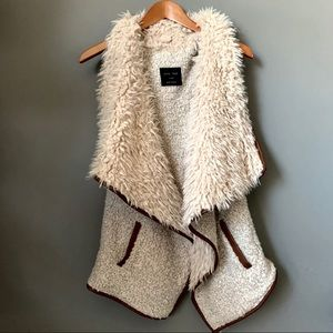 Love Tree Wool Vest Sweater Jacket